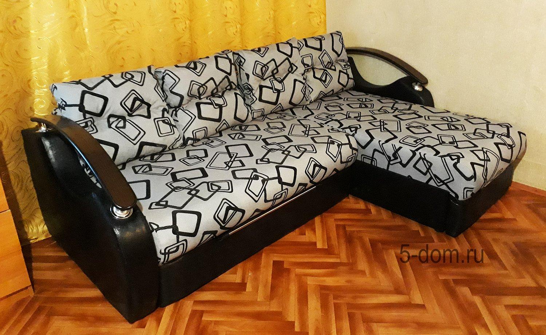 большой угловой диван непал