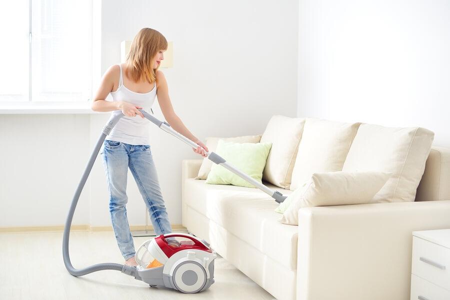чистим мягкую мебель!